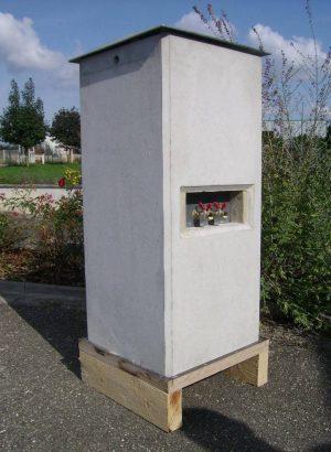 Borne de distribution d'énergie fixe Mini-Manol avec Socomest Brumath Strasbourg Alsace Grand-Est