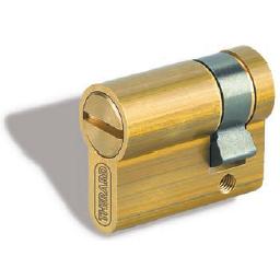 Cylindres profilés - 1 entrée avec fente ou triangle