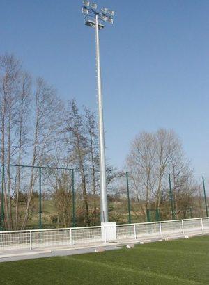 Stade de football avec éclairage public par Socomest Brumath Strasbourg Alsace Grand-Est